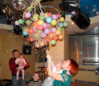 Шар сюрприз на детском празднике Харьков