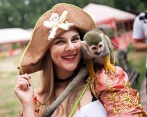 контактный зоопарк обезьяна