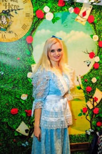 Алиса в стране чудес анимация