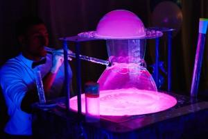 Шоу неоновых мыльных пузырей заказать Харьков Организация Мероприятий