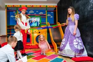детский праздник в стиле принцесса София-min