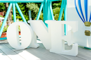 фотозона на первый годик буквы №3