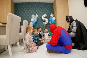 спайдермен и бетмен на детский праздник