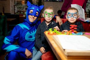 Герои в масках на детский праздник
